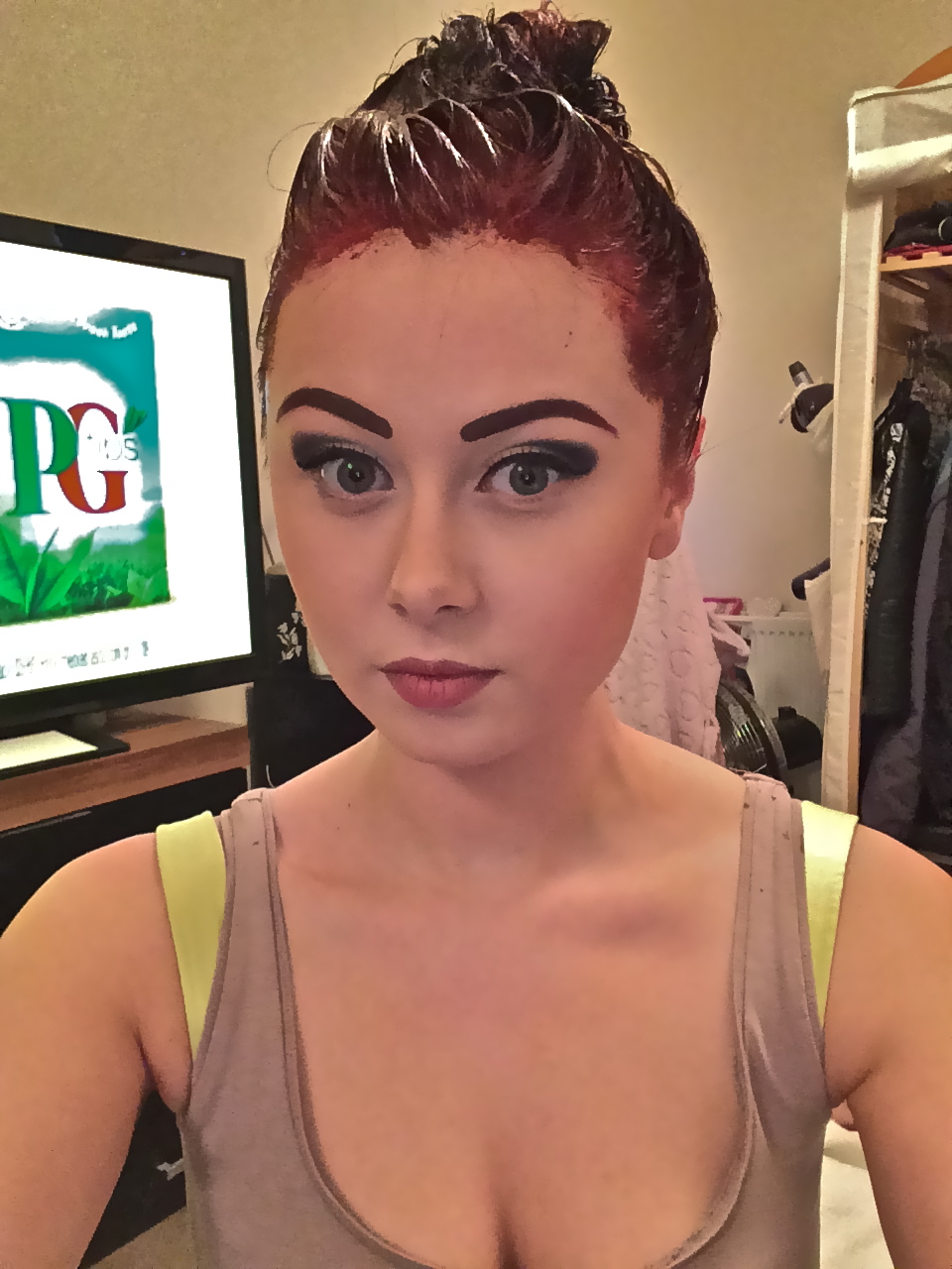 How I Created A Black To Red Ombre The Process In Pictures For - Hair colour just for roots